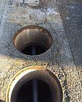 1214浄化槽内配管の様子3-1