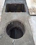 1214浄化槽内配管の様子4-1